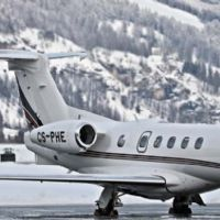 Zero tails, luxury; So fly aboard a private jet.