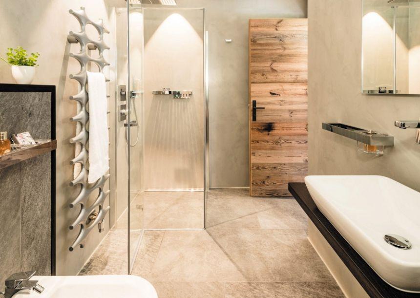 bathroom details 3  b