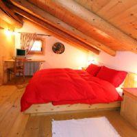 Tabià 1st floor double bedroom